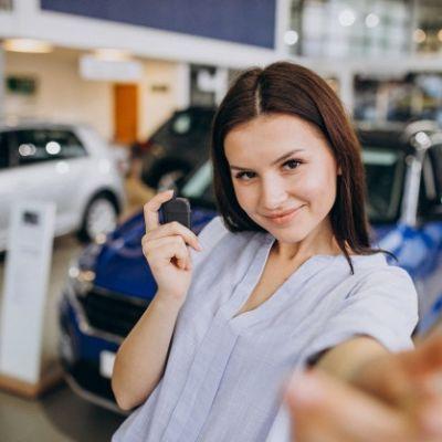 Membeli Mobil VS Rental Mobil