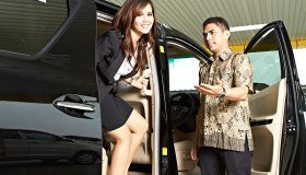 Pengemudi-Profesional-Rental-Mobil-Siap-Bersaing-di-Era-MEA-2015.jpg
