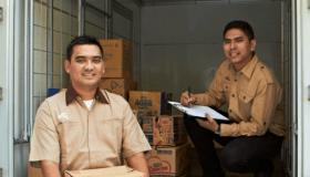 Pilihan-Tepat-Sewa-Mobil-Armada-Logistik-Bagi-Perusahaan.png