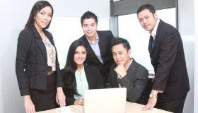 Rahasia-di-Balik-Layanan-Berkualitas-Car-Rental-Indonesia.jpg