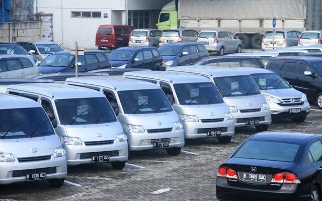 Rent Mobil ASSA Rent, Solusi Kemacetan Ibukota
