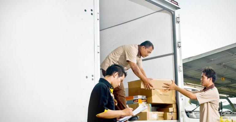 Sewa Mobil Box, Solusi Efektif Dalam Mengoptimalkan Pertumbuhan Bisnis Transportasi Logistik